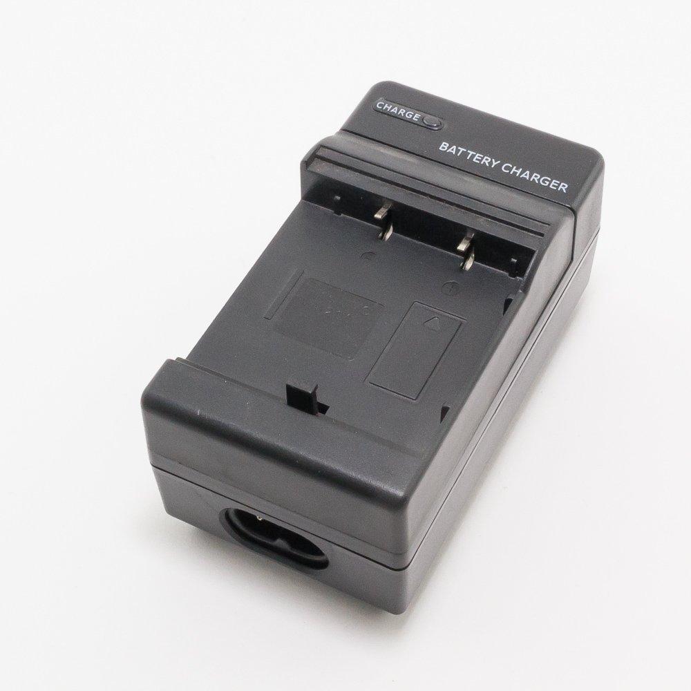Зарядное устройство для фотоаппарата JVC GZ-MC500EK